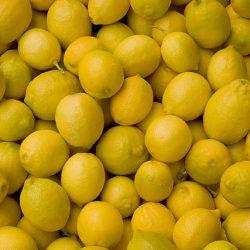 640px-Lemons_(5216703003)
